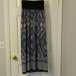 Apt. 9 maxi skirt size medium